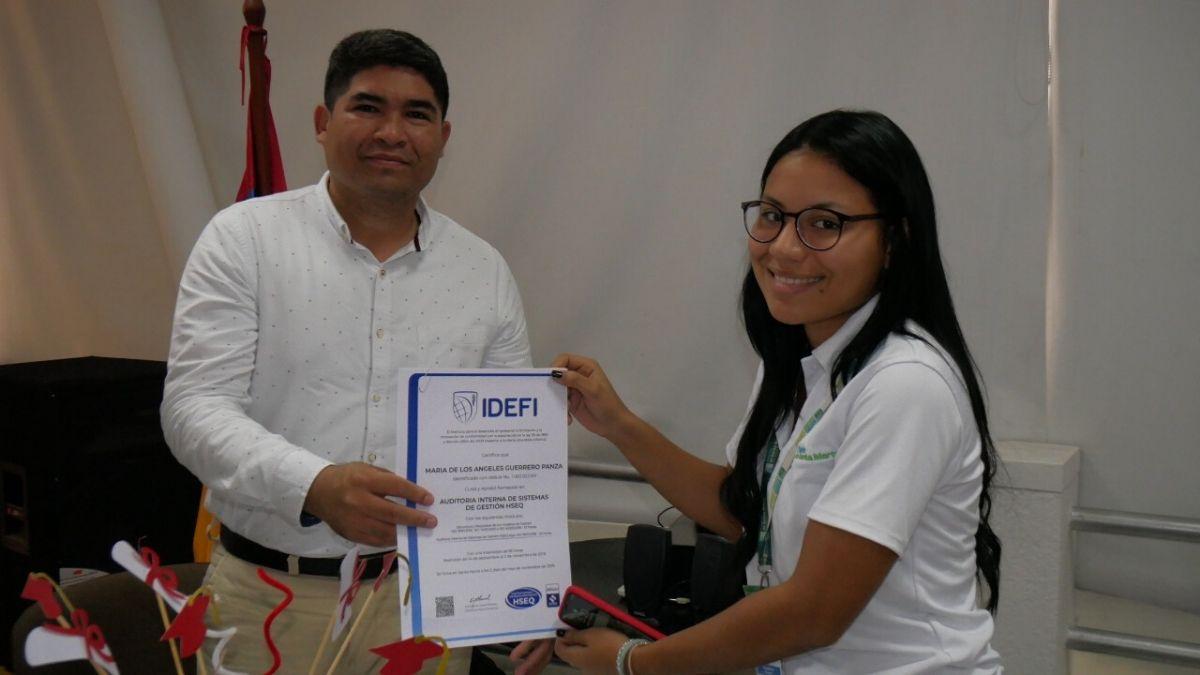 capacitaciones-certificados-empleados-puerto-santa-marta