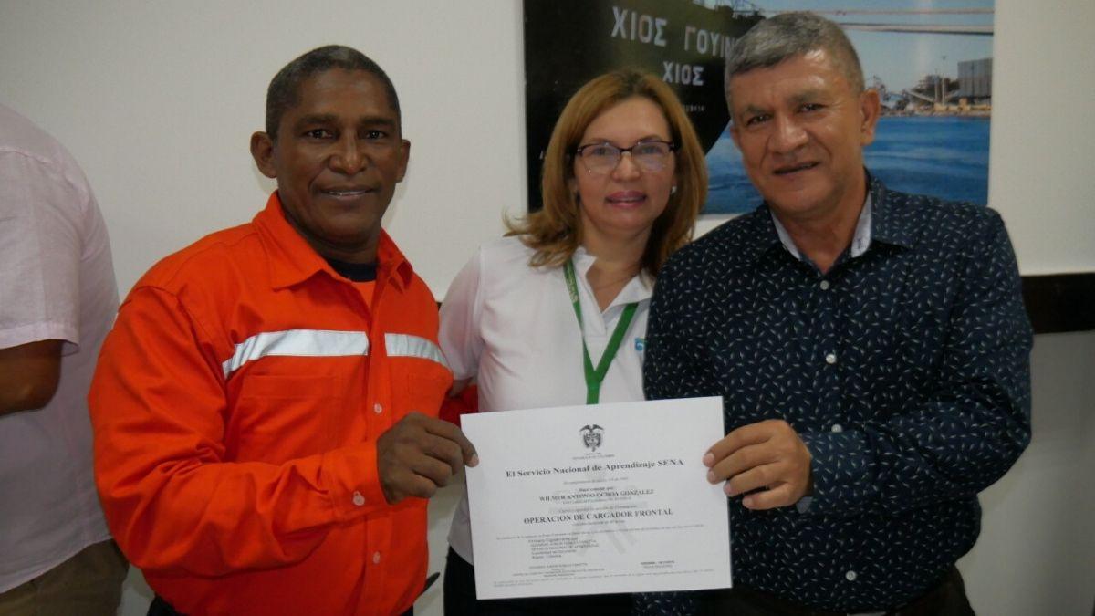 empleados-puerto-de-santa-marta