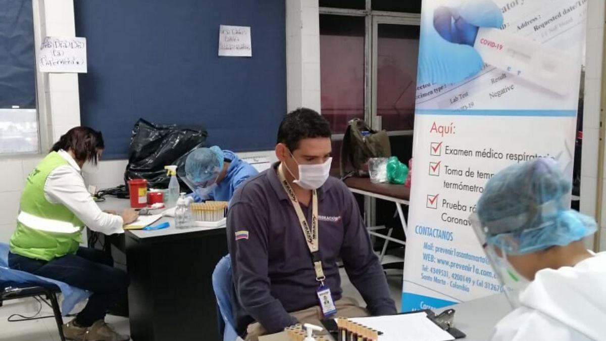pruebas-del-coronavirus-puerto-de-santa-marta